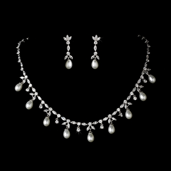 designer pearl fake necklcae