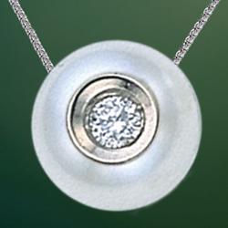 pearl neckalce 904.08